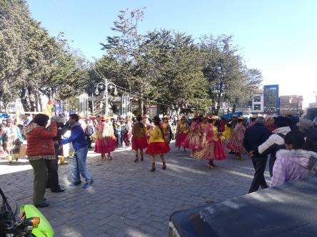 fete-village-bolivien