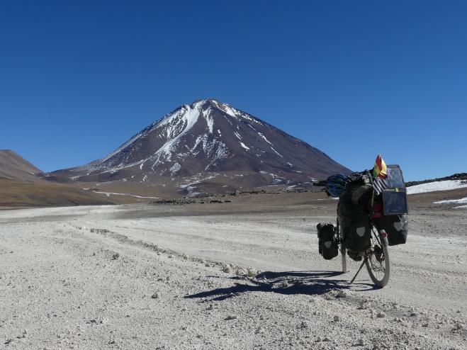 Cap sur le volcan Licancabur