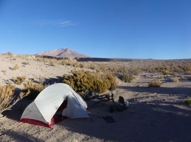 Sud-Lipez-1-tente-riviere